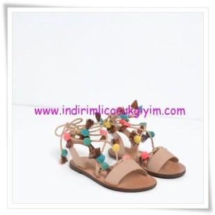 Zara kız çocuk ponponlu sandalet-110 TL