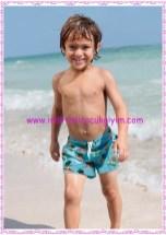 Bonprix erkek çocuk turkuaz deniz şortu-25 TL