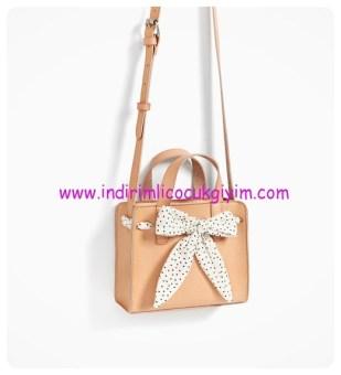 zara kız çocuk fiyonklu çapraz askılı çanta