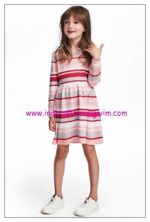 hm pembe çizgili kız çocuk ince triko elbise