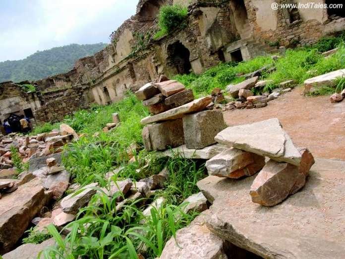 भानगढ़ दुर्ग - रत्नवती प्रासाद