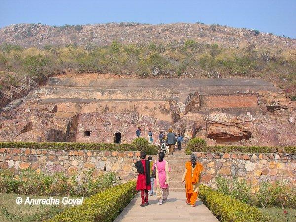 सोन भंडार गुफाएं - राजगीर, बिहार