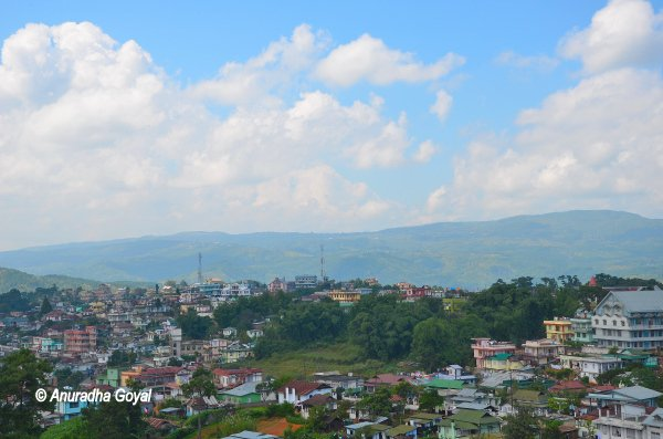 शिलांग शहर का दृश्य