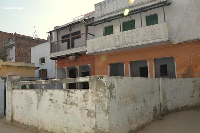शास्त्री जी का पैतृक घर - रामनगर उत्तर प्रदेश