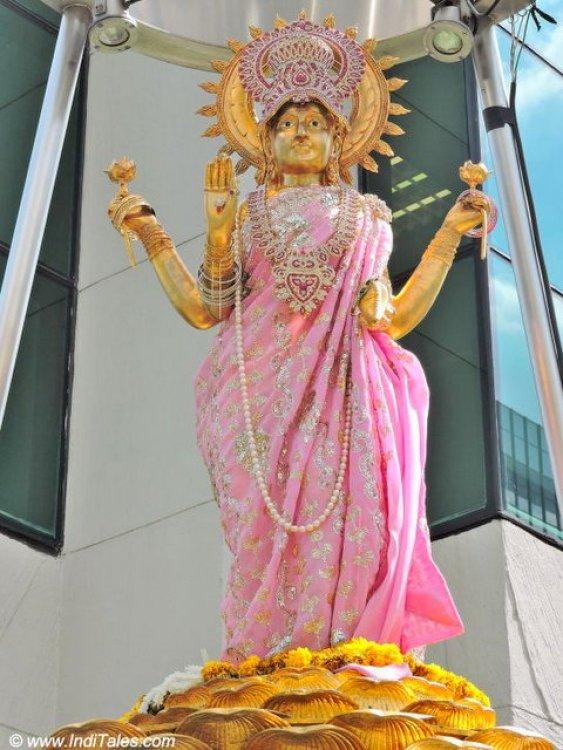 लक्ष्मी प्रतिमा - बैंकॉक