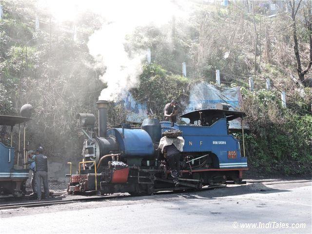 दार्जीलिंग हिमालय रेल - वाष्प इंजन