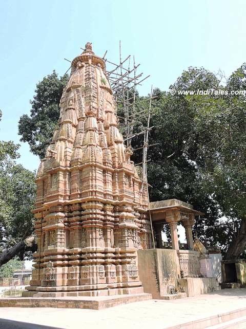 कर्दमेश्वर शिव मंदिर