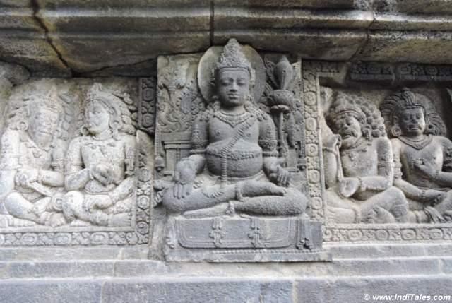 प्रमबनन मंदिर में कुबेर की प्रतिमा