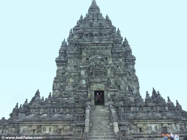 प्रमबनन का शिव मंदिर