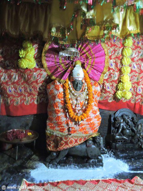 देवी प्रतिमा - जागेश्वर मंदिर