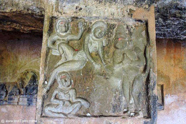 रामायण के दृश्य - उंदावल्ली गुफाएं
