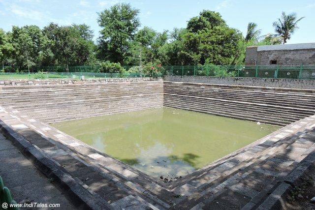 कैलाशनाथ मंदिर कांचीपुरम की पुष्करणी