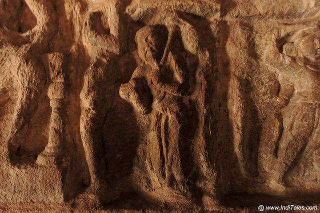 चीनी व्यवसायी - वैकुण्ठ पेरूमल मंदिर की भित्तियों पर