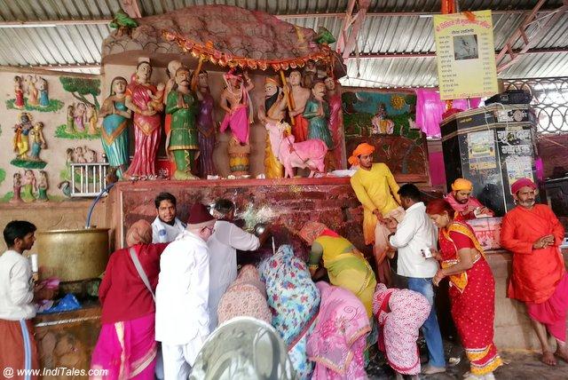 जतीपुरा मुखारविंद मंदिर
