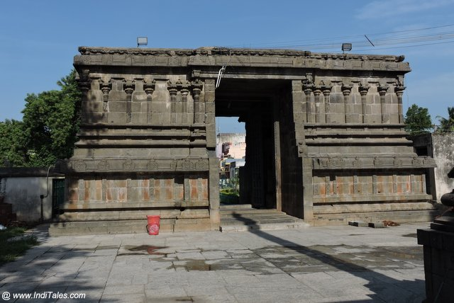 वैकुण्ठ पेरूमल मंदिर का गोपुर
