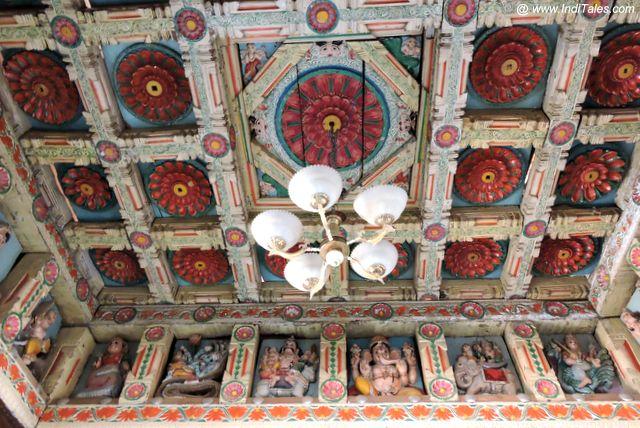 कशी पुरुष मंदिर की छत