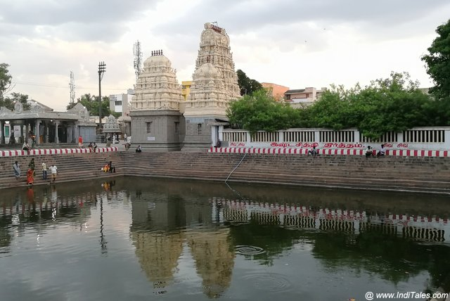 श्री कच्छपेश्वर मंदिर