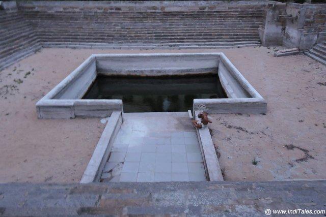 विलाकोली मंदिर का जलकुंड