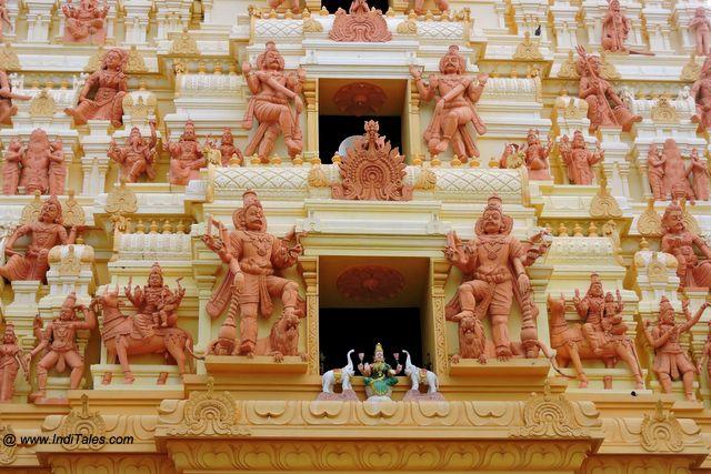 नागुलेश्वर मंदिर गोपुरम - कीरिमलाई जाफना