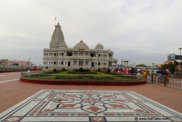 वृन्दावन का प्रेम मंदिर