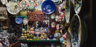 Travelling-to-Bandung-Here-are-10-Unique-Souvenir-Ideas-for-you-to-buy