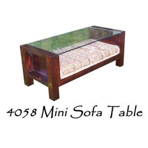Mini Sofa Rattan Table