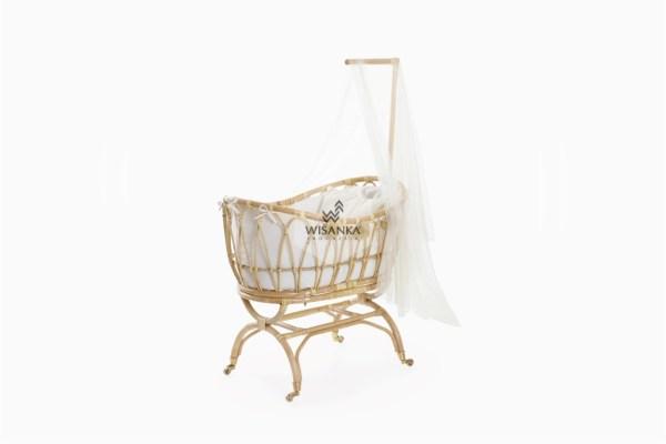 Lomy Rattan Baby Crib with wheels