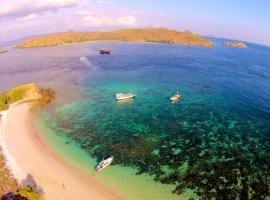 5 Tempat Snorkeling unggulan di indonesia