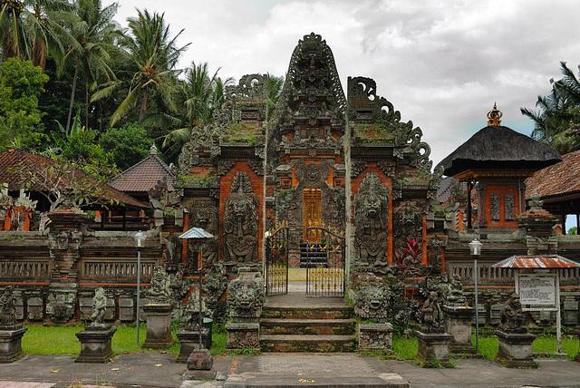 pure dalem - nusa penida - indonesia traveller guide