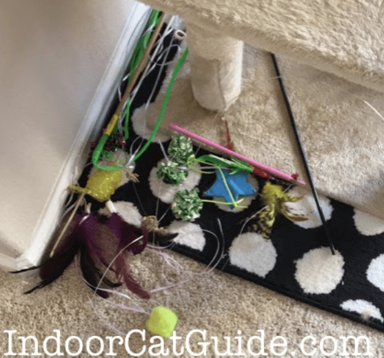 best cat toys for lazy cats