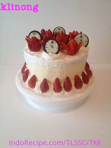 We Won: Strawberry Cream Cake