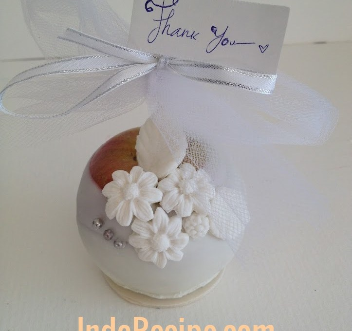 Elegant Name Holder/Thank You Favor