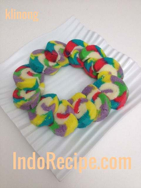 Bolu Gulung (Rainbow Swiss Roll)