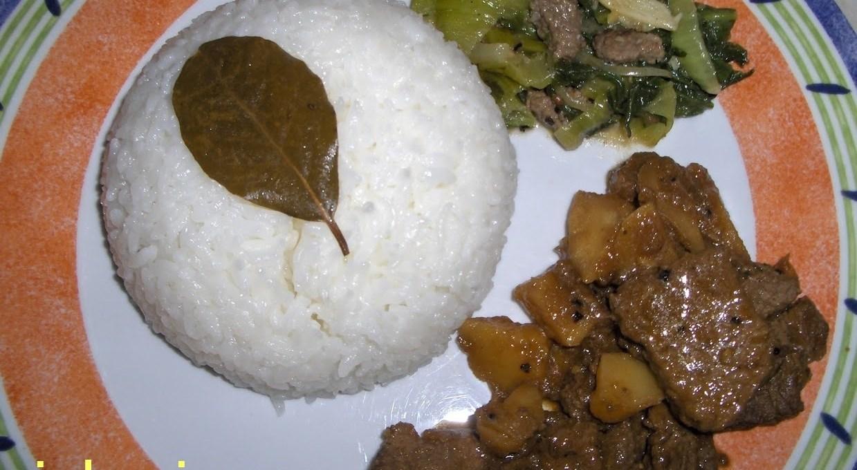 Coconut Rice with Sweet & Sour Beef (Nasi Lemak & Semur Daging)