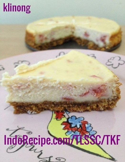 Rosy Crabapple Cheesecake