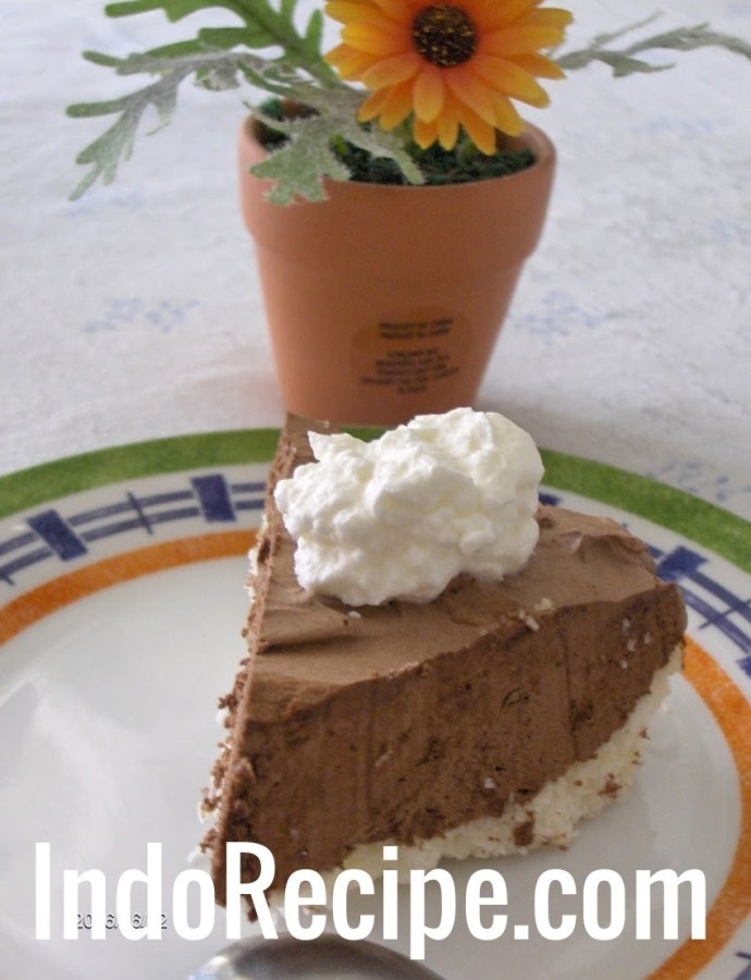 Classic French Silk Pie