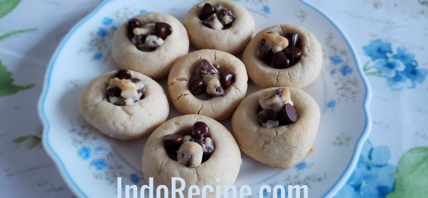 Peanut Butter and Choc Chips Cookies