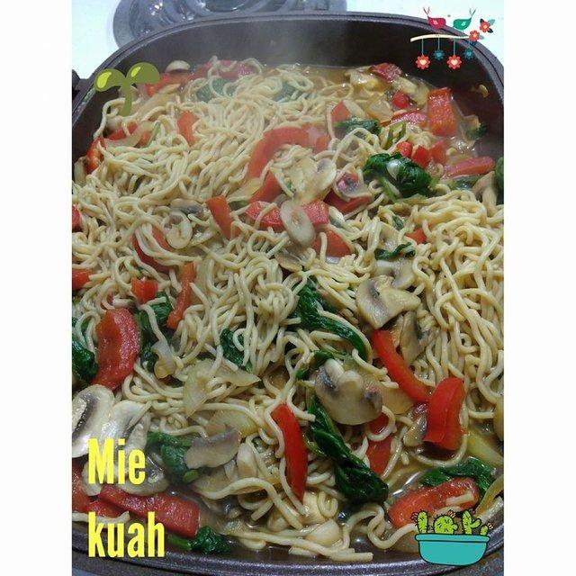 Stir-Fry Low Carb Noodle (Mie Kuah)