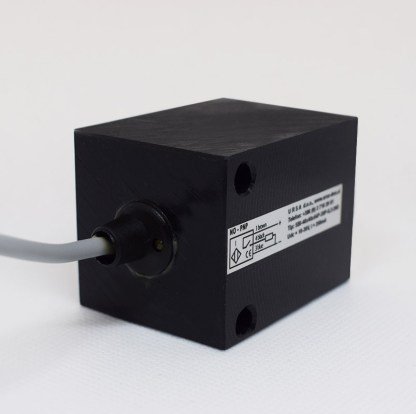 Induktivni senzor 40 x 40 mm Slika 04