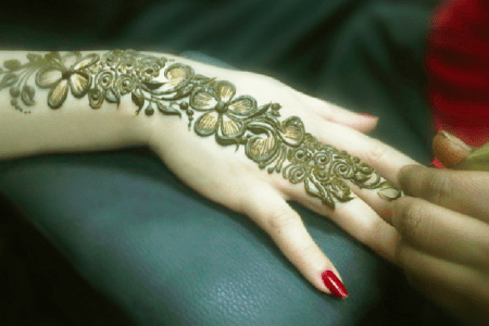 Design of mehndi bail path decorations pictures full path decoration bail mehndi designs pakistani fashion recipes jewelry dresses beautiful bail mehndi designs latest beautiful bridal mehndi design and pics every religion altavistaventures Image collections