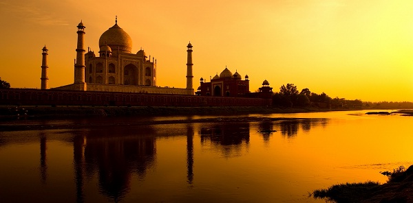 Taj Mahal - UNESCO World Heritage Site