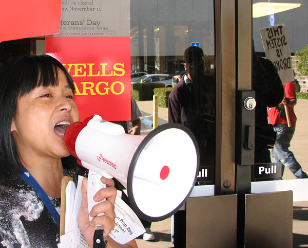 Wells Fargo blockaded.