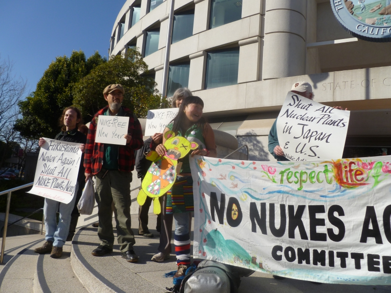 800_cpuc_no_nukes_action_banner.jpg original image ( 3648x2736)