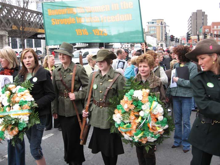 Acto en homenaje de las mujeres de 1916
