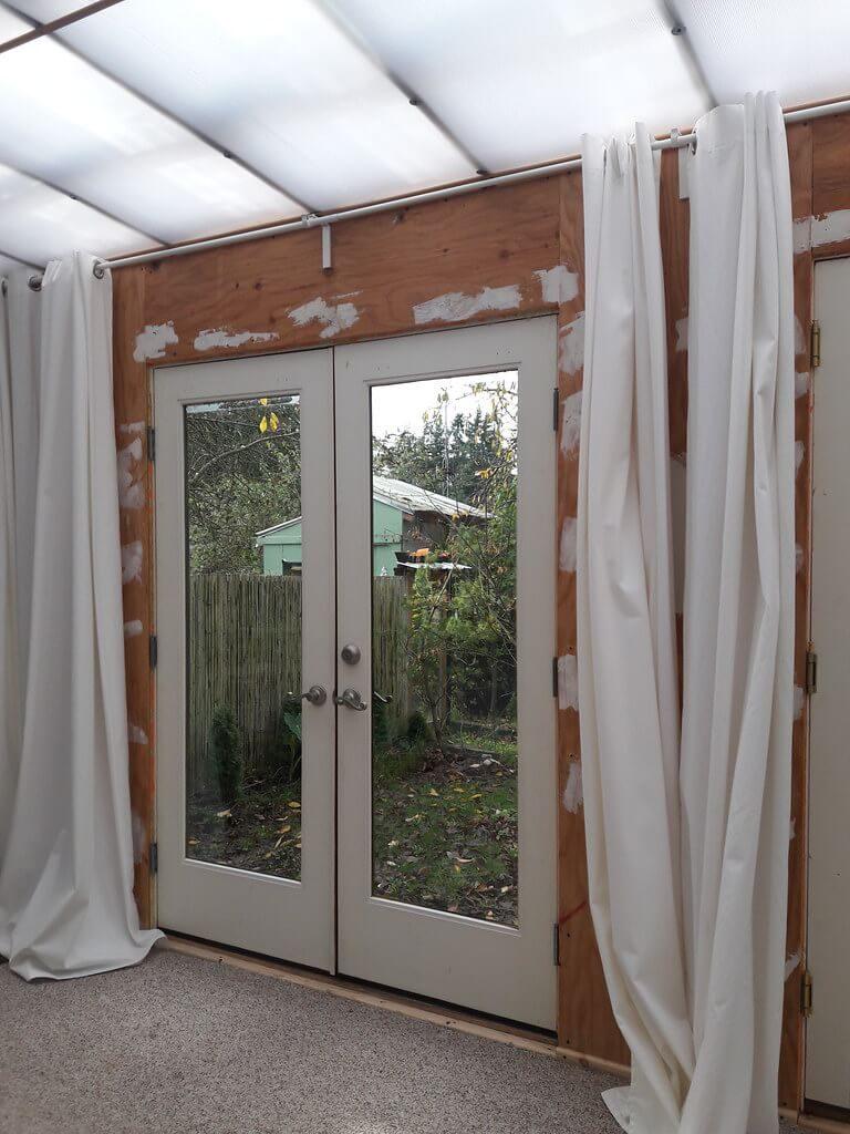 installer un rideau isolant sur une