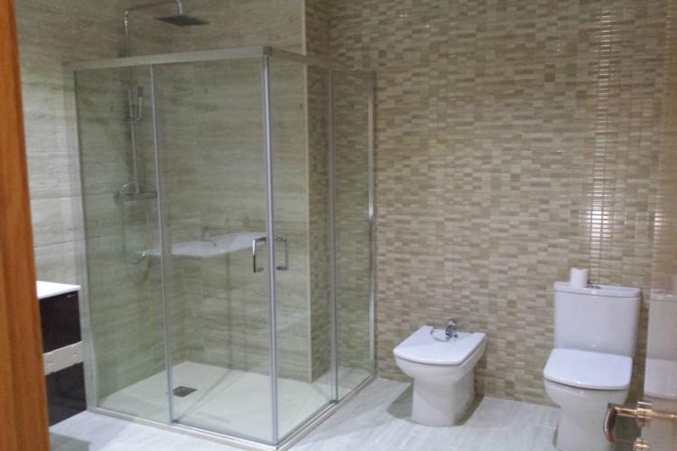 Empresa de obras y reformas en baños presupuesto en Alicante