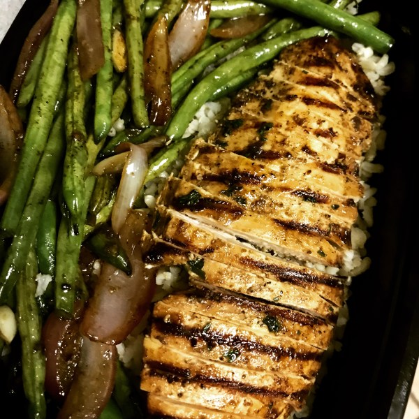 balsamic chicken with garlic green beans