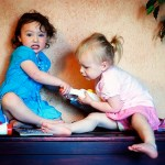 Учим делиться игрушками