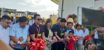 OPAV Asec Jonjie Gonzales (extreme left) beside Minglanilla Mayor Elanito Pena during the grand opening of Anjo World and some other officials during the weekend