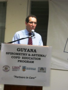 Dr. Robert D. Levy of the University of British Colombia making a presentation on the asthma education programme.
